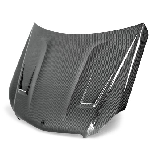 GT-style carbon fibre bonnet for 2012-2014 Mercedes Benz C-class (Does not fit C-63)